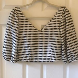 Black and white cropped blouse